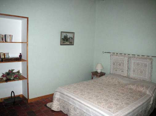 Germigny bedroom